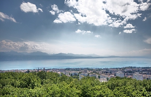 Clouds and Leman Lake